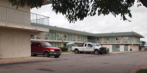 Motel 6 400x200
