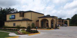 Muskogee Inn & Suites400x200